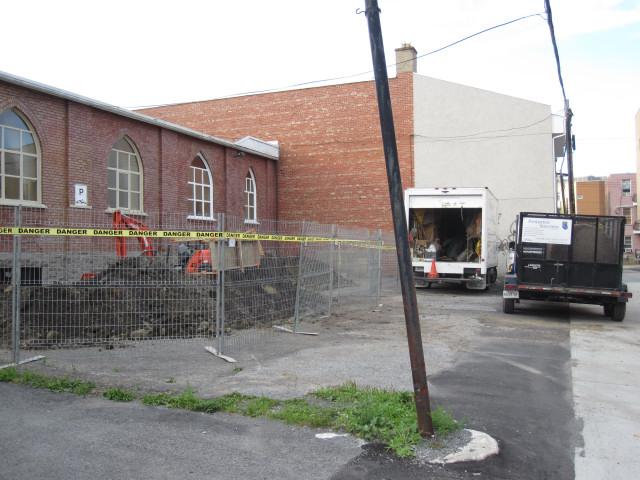 Photo drain francais image fissure beton for Fissure sol garage